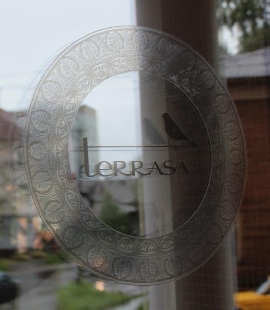 Двери от компании КУБ всегда открыты для посетителей  кафе Terrasa.